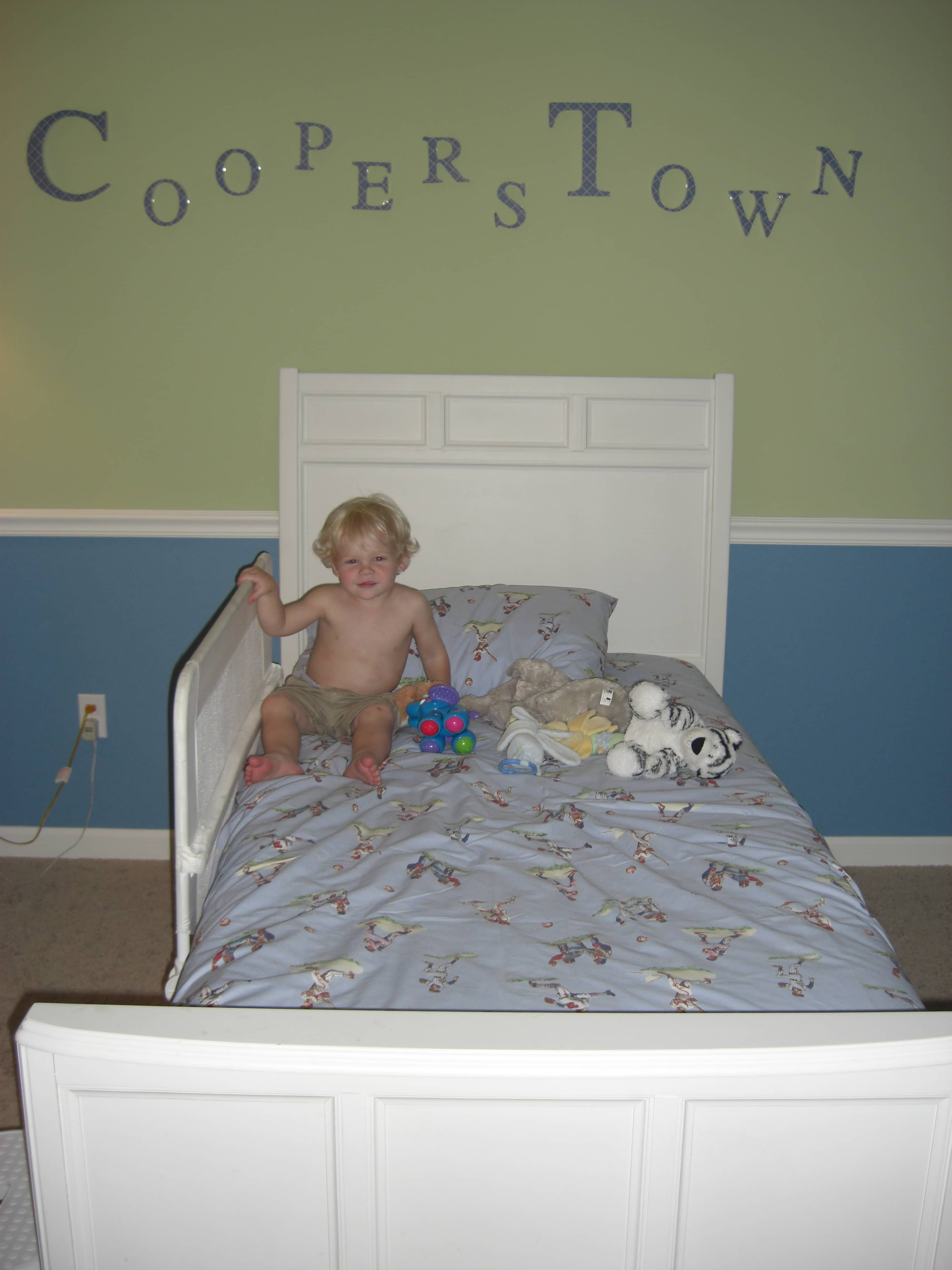 extraordinary childrens bedroom furniture. And This Means\u2026the Other Big Kid In The House Moves From A Twin Bed To FULL SIZE\u2026 Extraordinary Childrens Bedroom Furniture