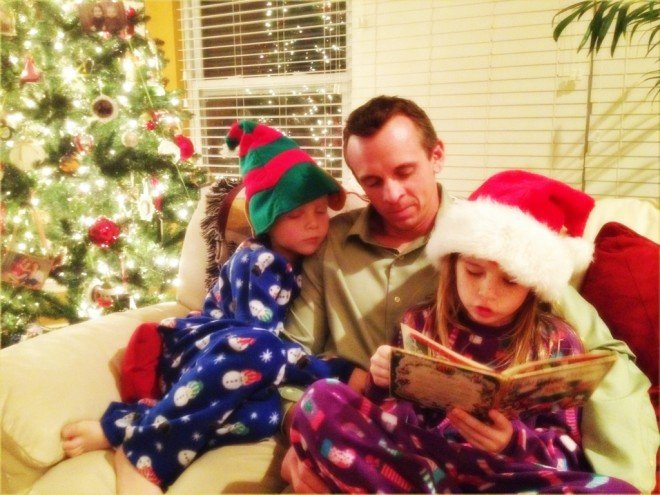 Holiday Tradition - Twas The Night Before Christmas