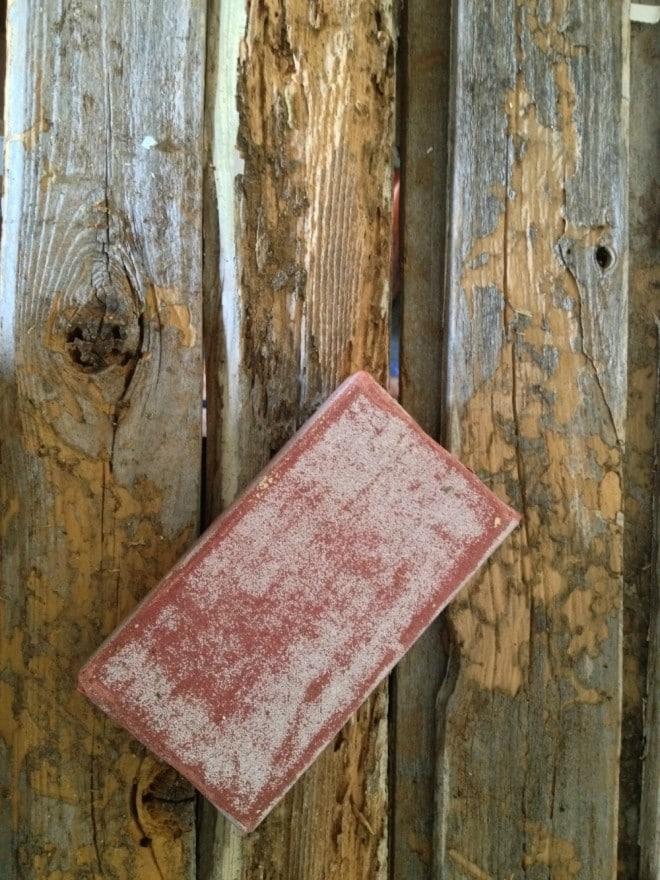 DIY RUSTIC, WEATHERED HOLIDAY CARD DISPLAY