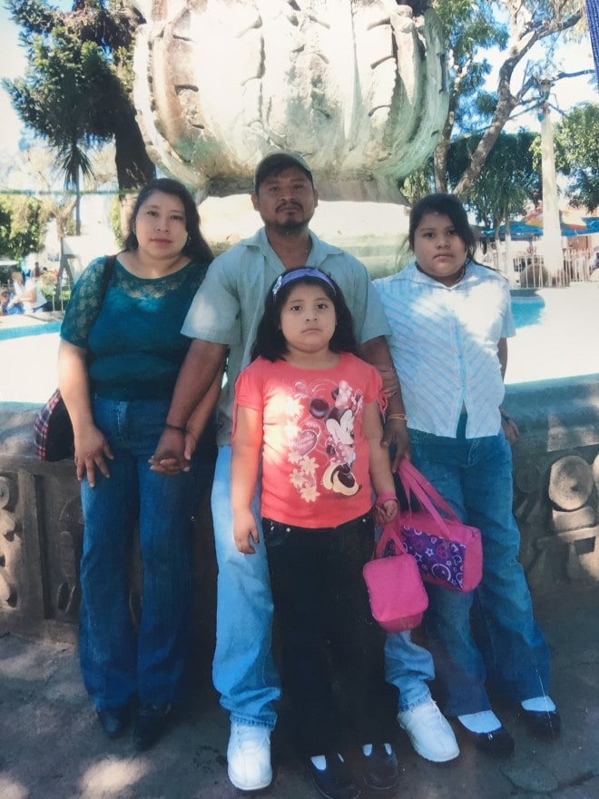Unbound Guatemala Jacqueline with Dad and Family