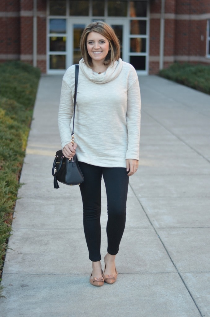 How to Wear Leggings for Fall and Winter - Pretty Extraordinary