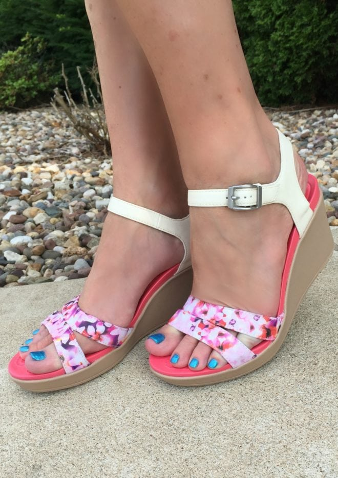 Crocs Fancy - Leigh Wedge #FindYourFun with Summer Shoe Style