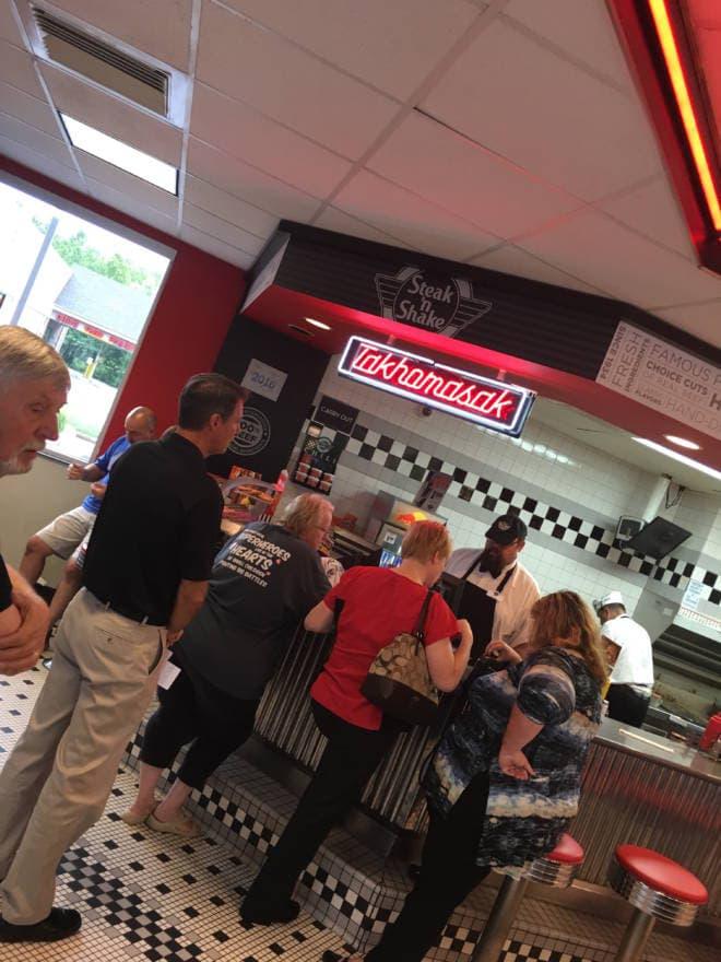 New 24 Meal Under $4 Menu Steak n' Shake TAKHOMASAK