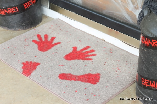 7 Tips to Create Halloween Decor to Die For - Halloween Doormat - CountryChicCottage