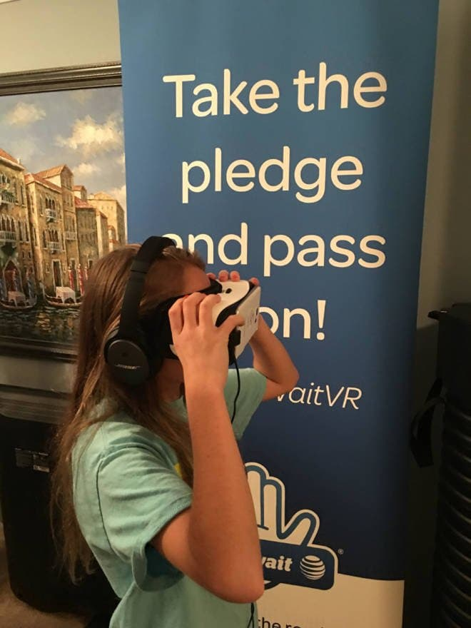 It Can Wait - Making a Pledge to Stop Distracted Driving - Virtual Reality