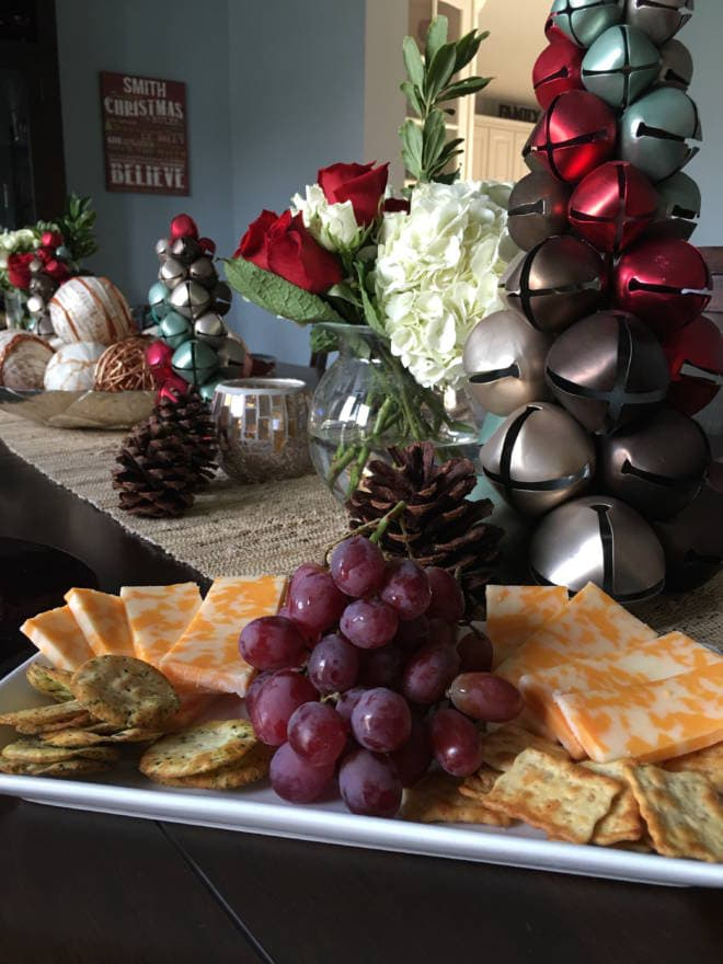 Host an Easy and Fun Girlfriends' Holiday Gift Exchange Appetizer