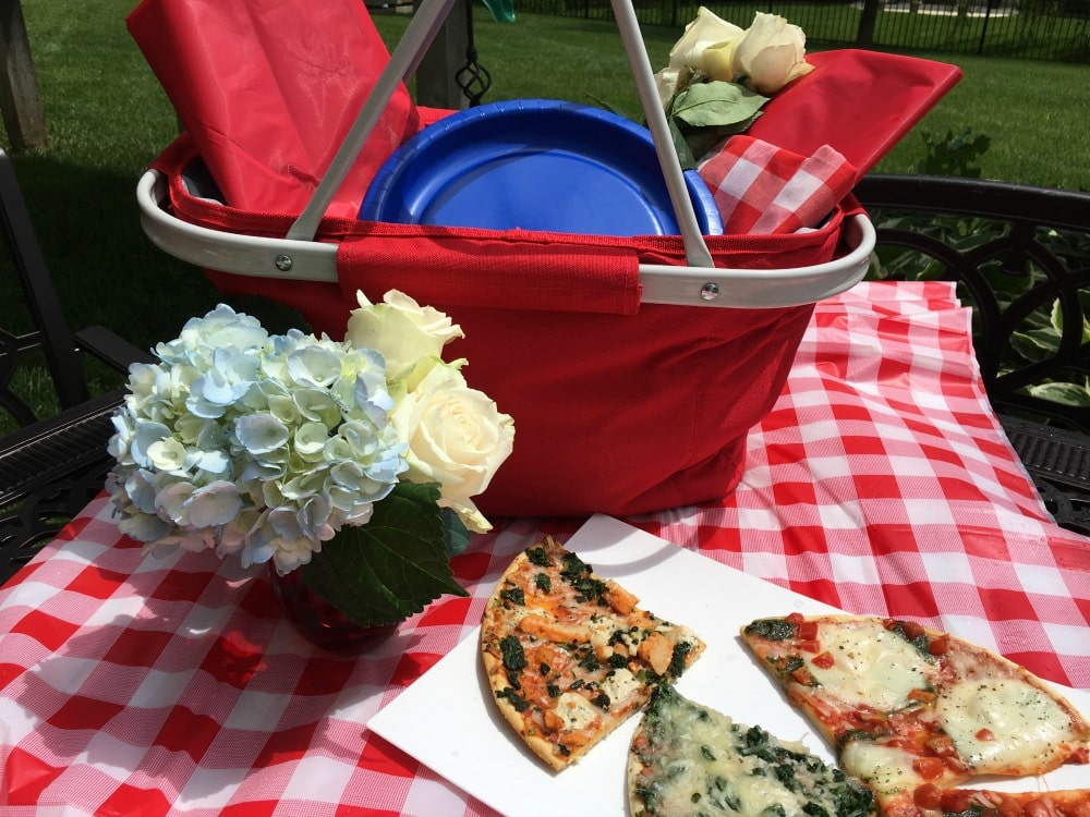 Simple Ways to Celebrate Memorial Day - Picnic