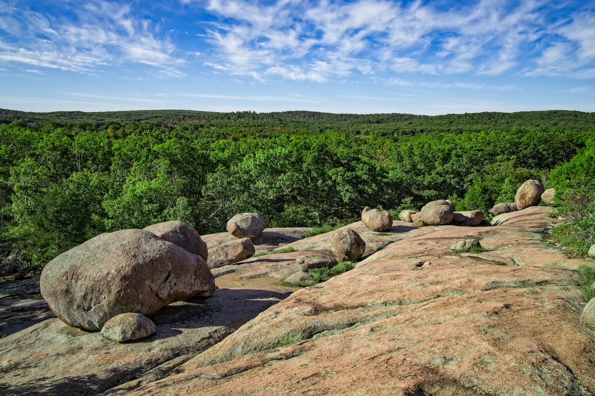 The Best Outdoor Adventures in Missouri - Elephant Rocks State Park